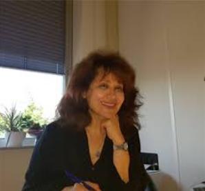Dr. Mahnaz Tabesh